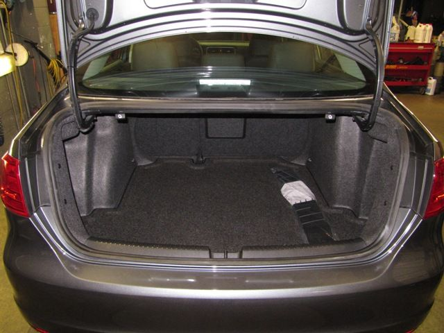 Midsize cars trunk